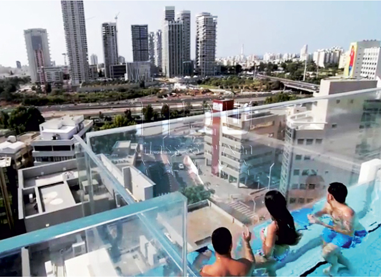 מלון אינדיגו -דופן אקריליק במעקה זכוכית לבריכה לבריכת שחיה על הגג