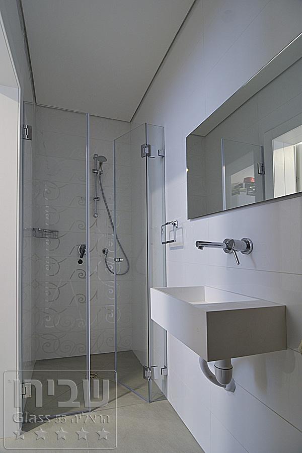 מקלחון מעוצב עם חזית 2 דלתות וקבוע SHM- 36