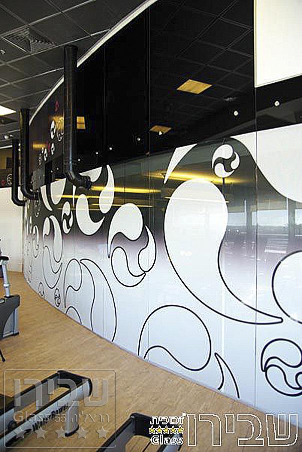 ויטרינת חדר כושר מעוצבת מזכוכית מודפסת