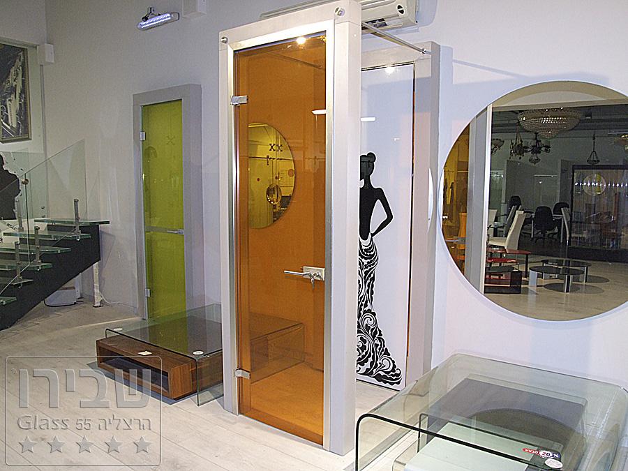דלת אקוסטית