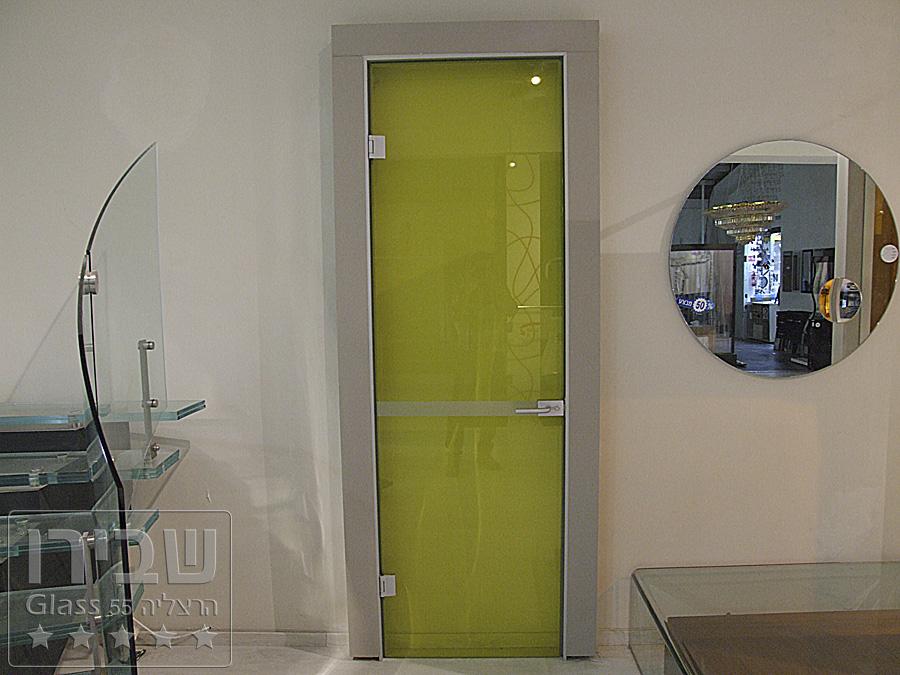 עיצוב דלת זכוכית אקוסטית