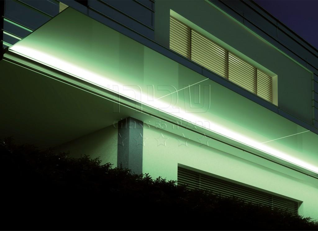 גגון קונזולי איטלקי ללא מיתרים הכולל תאורת LED