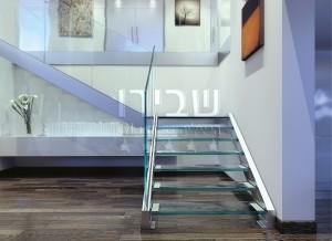 גרם מדרגות זכוכית ומעקה זכוכית בעיצוב איטלקי