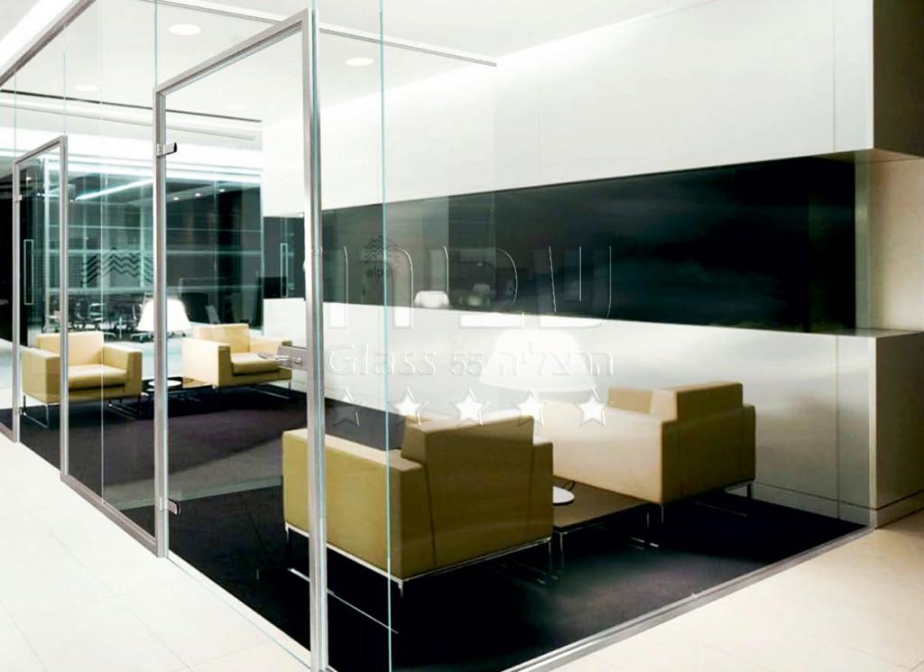 מחיצות זכוכית אקוסטיות למשרדים