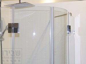 מקלחון מעוגל