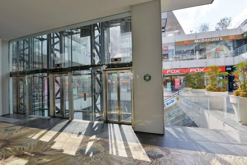 פירי מעליות מעוצבים מזכוכית חסינה