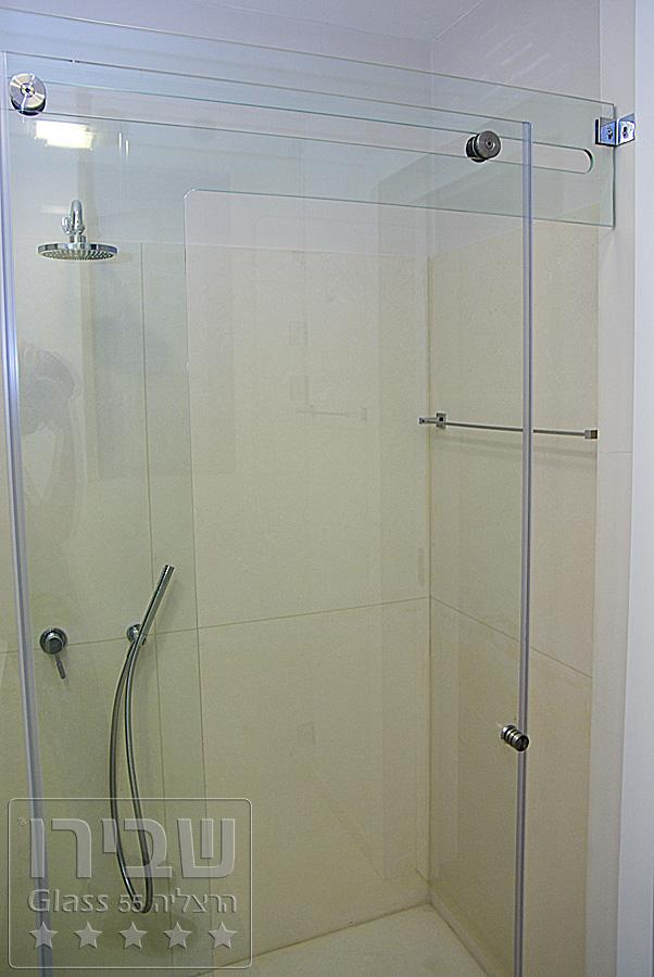 מקלחון מיוחד עם הדפס