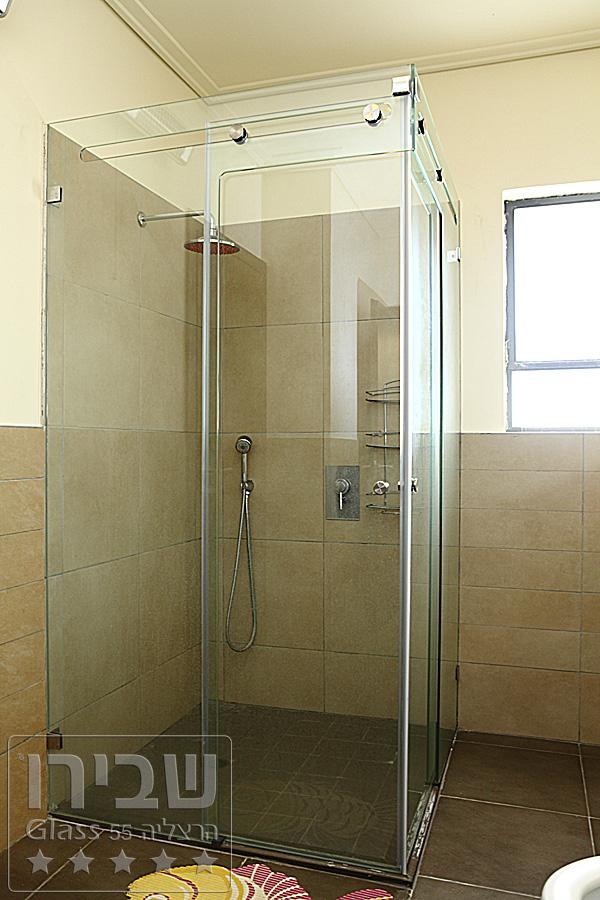 מקלחונים מיוחדים בעיצובים של שבירו