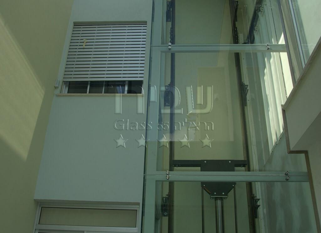 זיגוג פיר מעלית זכוכית חיצוני