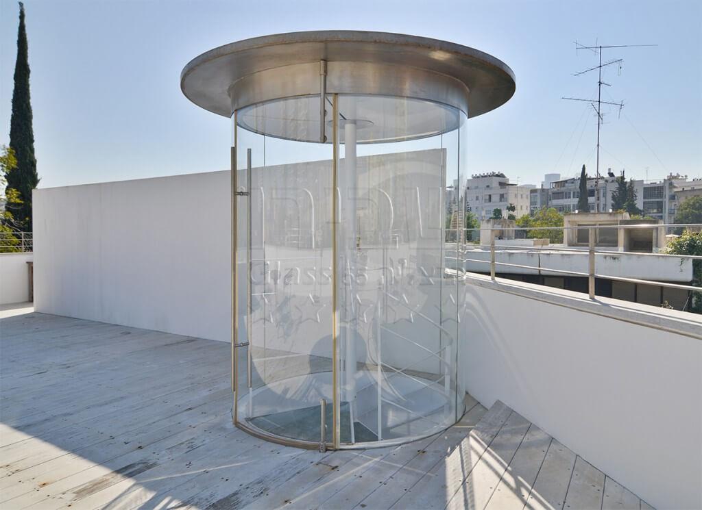 מבואת גג שקופה מזכוכית כפופה
