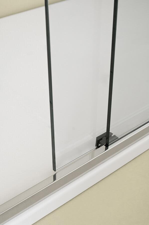 מקלחון הזזה עם מנגנון חשמלי