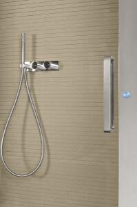 חיפוי זכוכית למקלחת